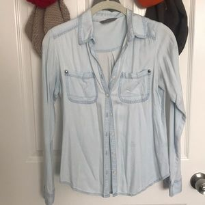 Rubbish blue button up long sleeved shirt